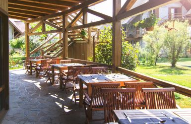 Green_Village_RESTAURANT_385-250